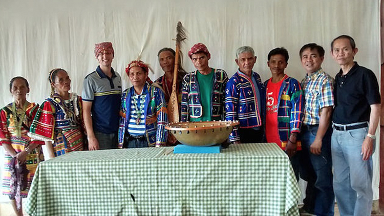 Bringing Salimbaa to the Tinananon Tribe