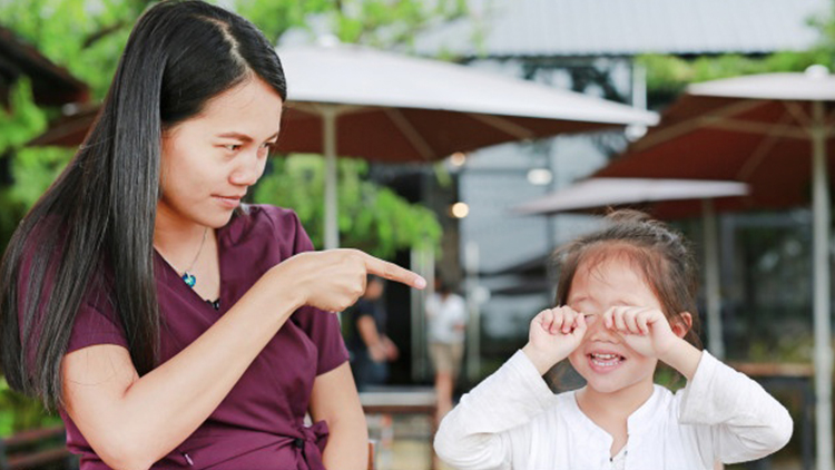 Funny and Insane Things Filipino Parents Say to Scare Their Kids