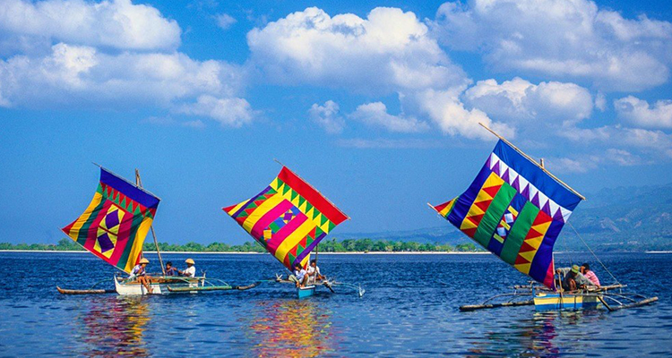 Ride the Colorful Vintas in Zamboanga