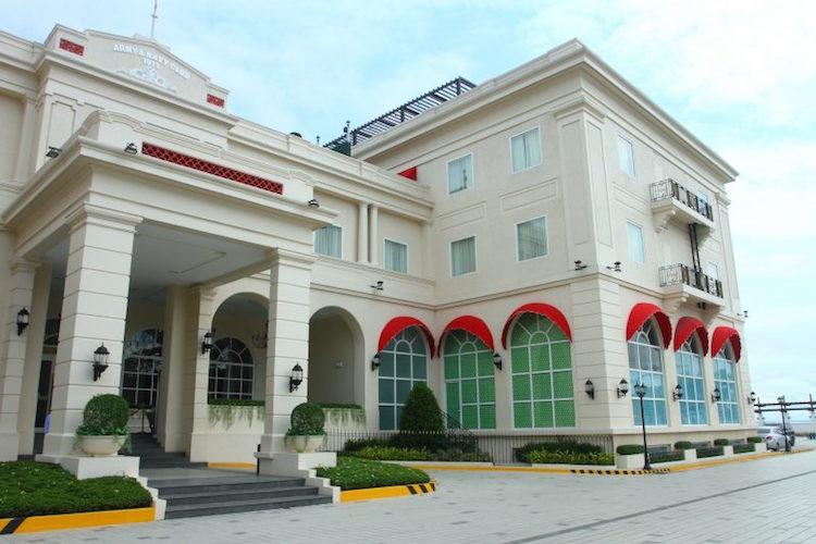 4-Rizal Park Hotel